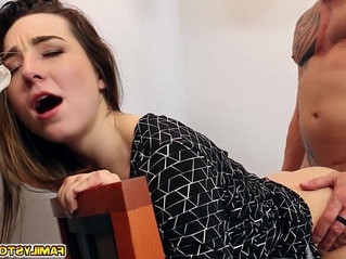 daddy  fuck  natural tits