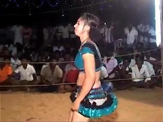 aunty  dancing  desi
