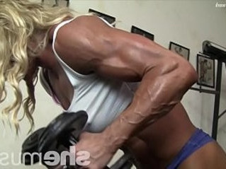 cougar  muscle  sexy
