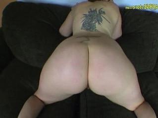 booty  natural tits