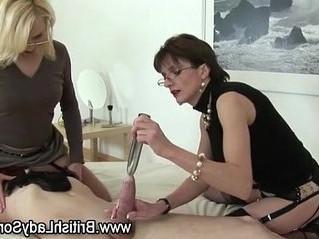 lady  mature  stockings