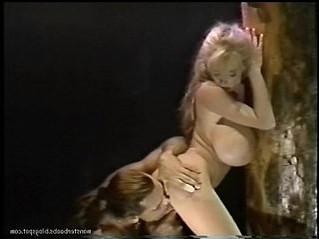 dark  huge tits