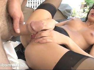 amazing  pussy  skinny
