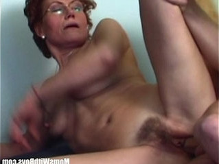 couch  fuck  hairy