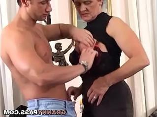 busty  cock  fuck