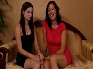 cougar  girl  lesbian